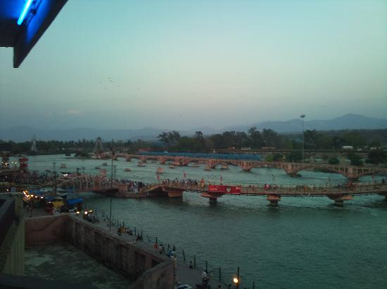 Har ki Pauri: view from the hotel