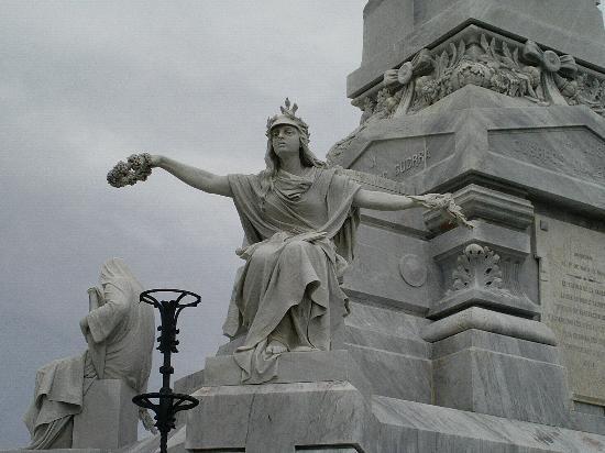 Christopher Columbus Cemetery (Cemetario de Colon): Very moving sight
