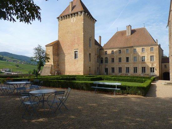 Chateau Historique de Pierreclos