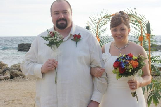 Coral Cove Resort: Married @ Coral Cove
