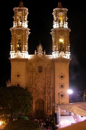 Santa Prisca de Taxco : At Night