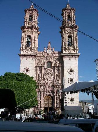 Santa Prisca de Taxco : Front