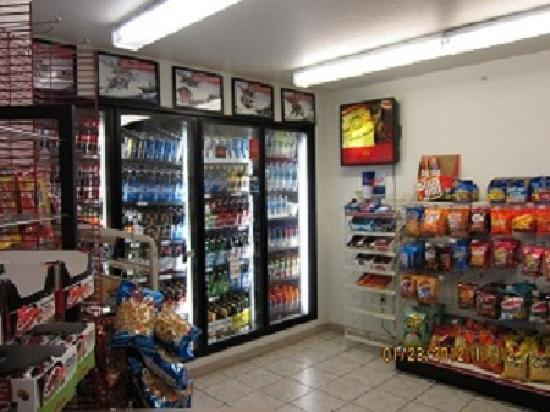 Alliance Inn and Suites: 24 Hour Convenience Store