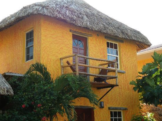 Seaside Cabanas: Our lovely Cabana 6 with balcony.