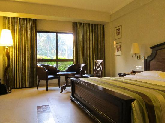 Neelam Hotels - The Glitz Goa: Deluxe Room - On Arrival