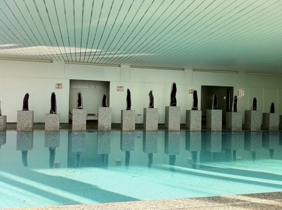 Coworth Park - Dorchester Collection: The pool