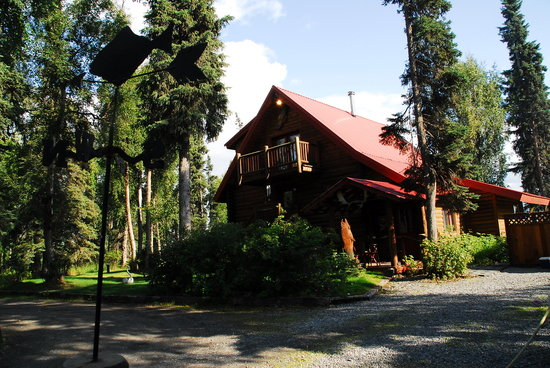 Alaska Hooksettters Lodge: Lodge Main