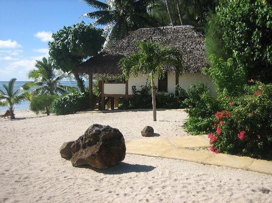 Etu Moana: Absolute Beachfront