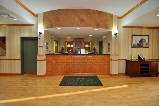 Country Inn & Suites by Radisson, Pensacola West, FL: Loby