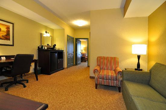 Country Inn & Suites by Radisson, Pensacola West, FL: Suite