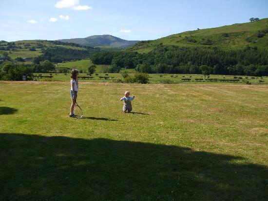 Plas Dolguog Hotel: Views over the Dyfi Valley