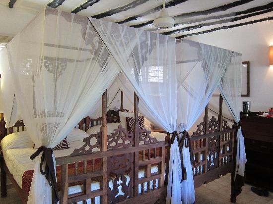 Ras Nungwi Beach Hotel : Room