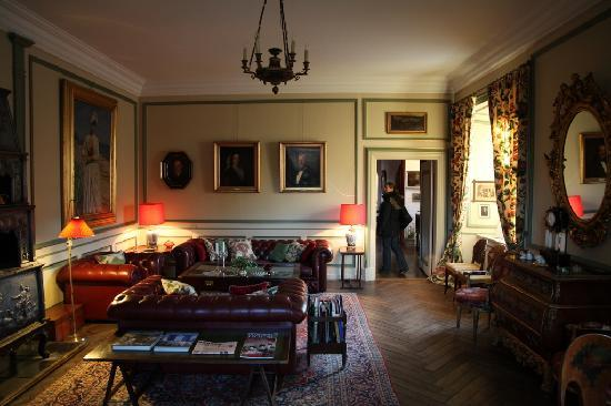 Broholm Manor House: Stue i hovedhuset