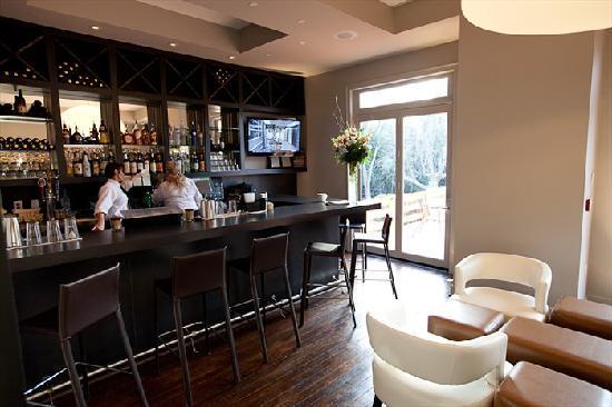Flint Hill Public House Country Inn New Bar Area