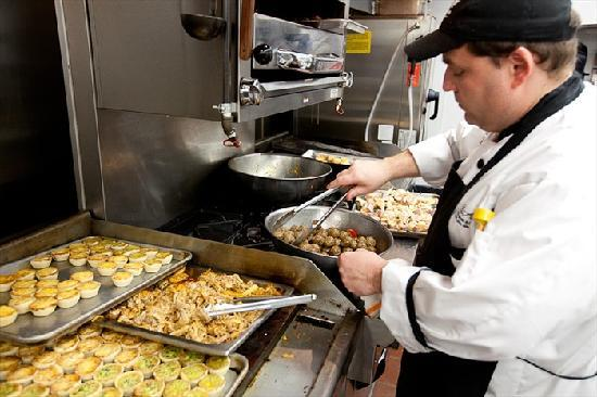 Flint Hill Public House & Country Inn: Executive Chef Marvin Swaner in new kitchen