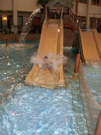 Ramada Sioux Falls Airport Hotel & Suites: more fun