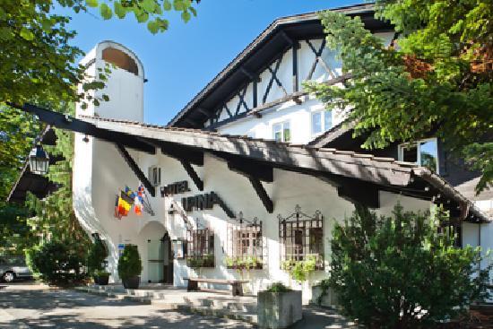 H+ Hotel Alpina Garmisch-Partenkirchen (Germany) - Hotel ...