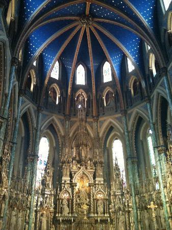 Ottawa, Canada: Gorgeous ceiling