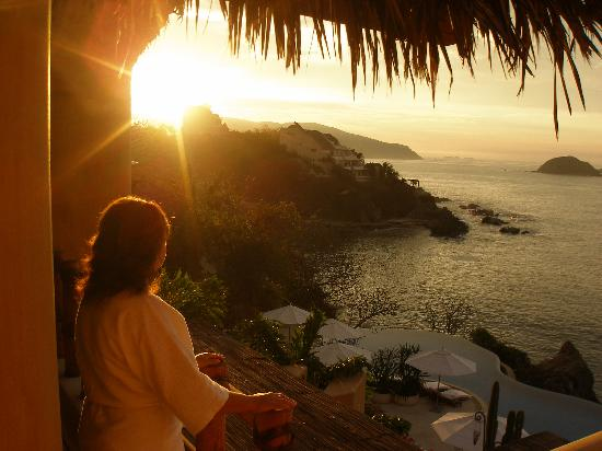 Capella Ixtapa: Sunrise from our patio