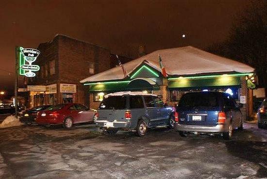 Sheridan's Pub : Outside Sheridan's Irish Pub Rochester