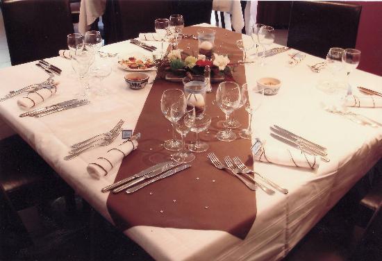 Inter-Hôtel Ascotel : Table mariage