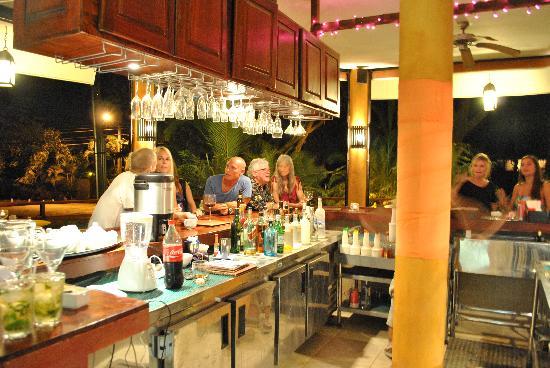 Bistro Langosta: The Bar