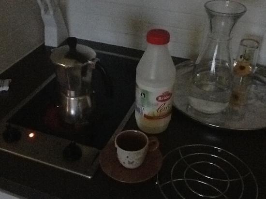 Villa Bellagio : cucinino per colazione