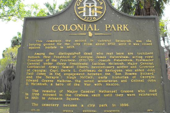 Colonial Park Cemetery: Colonial Park