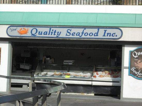 Quality seafood redondo beach restaurant reviews phone for Redondo beach fish market