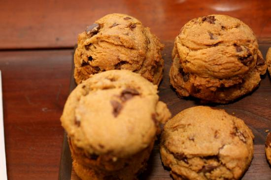 Captain Fairfield Inn: Delectable cookies