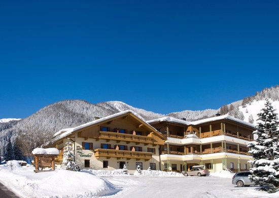 Hotel Trenker in inverno