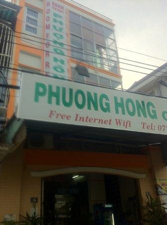 Phuong Hong Hotel