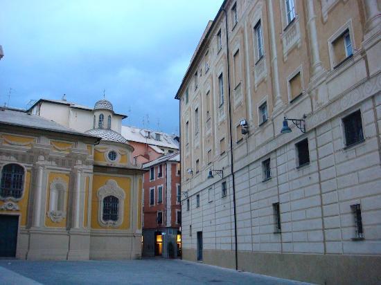 l'angolo Dei Papi: Panoramica dell'esterno del locale