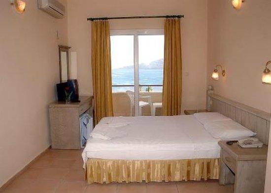 Moda Beach Hotel: room