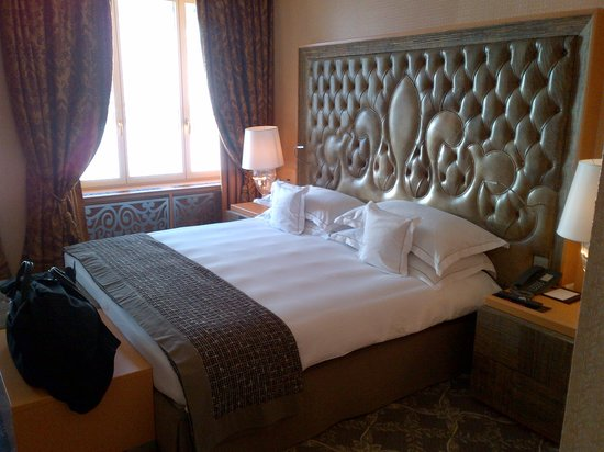 Carlton Hotel St. Moritz : Bed Room