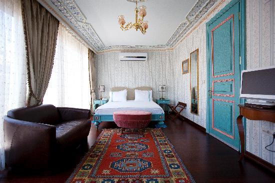 Hotel Niles Istanbul: The Penthouse Suite