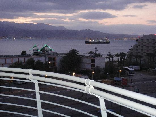 Club Hotel Eilat: vista de noche