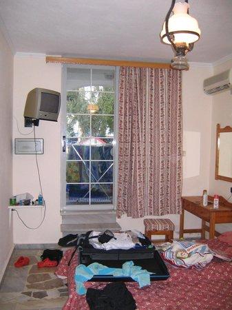 Georgioupolis Beach Hotel: ut mot terassebåsen min