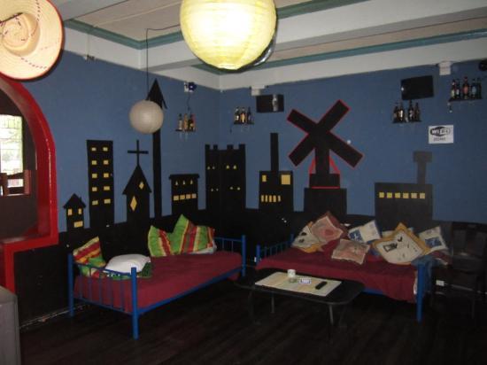 Molino Rojo Hostel: Área social