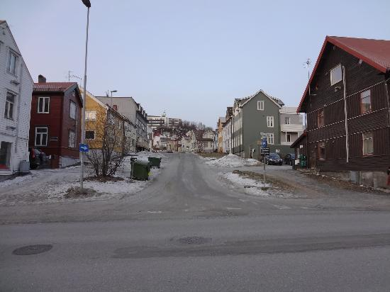 Enter Viking Hotel: Typical street in Tromso