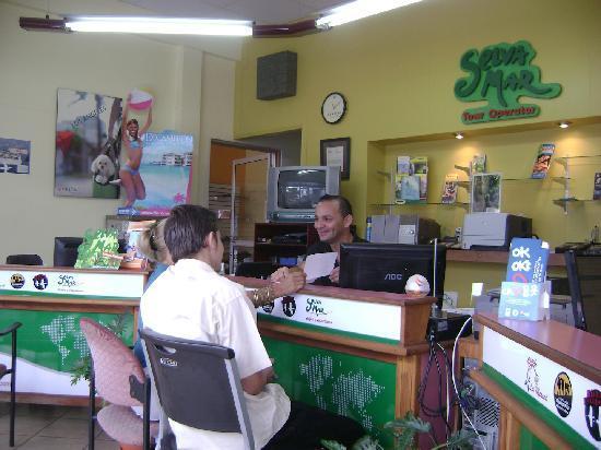 Hotel Chirripo: Agencia de Viajes