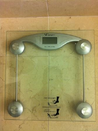 Hotel Arista: Weight Scale (upon request, no additional charge)