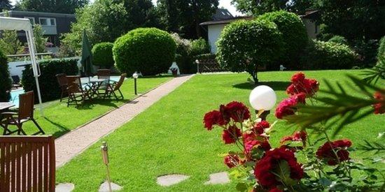 Hotel Haus am Zoo: Hotel mit großem Garten