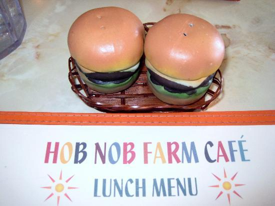 The Inn at Crestwood: Hob Nob Farm Cafe