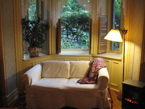 B & B Maison Saint Louis : Garden View