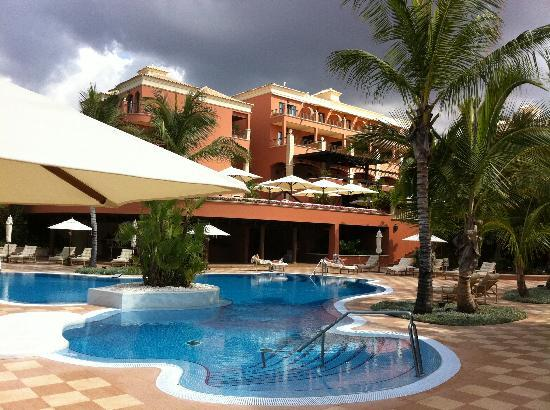 Hotel Las Madrigueras Golf Resort & Spa : area piscina