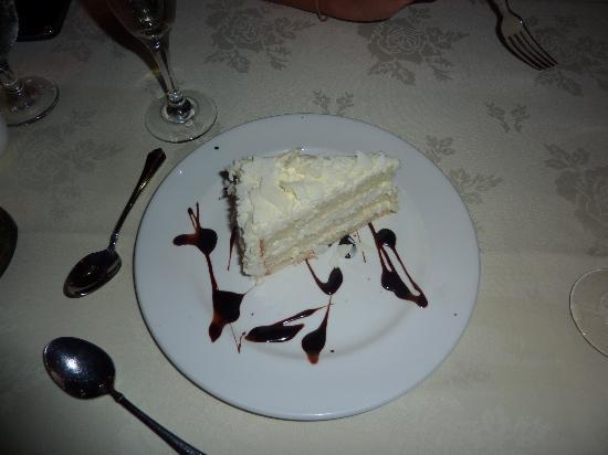 The David Duncan House: White chocolate mousse cake