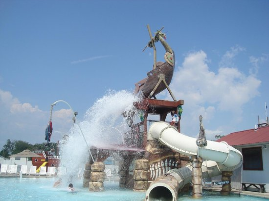 ‪Viking Amusements and Thunder Lagoon Waterpark‬