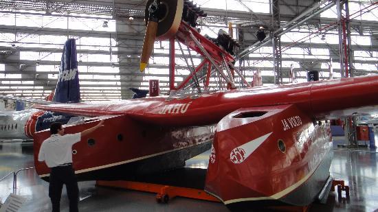 Sao Carlos: Jahu - avião todo de madeira que atravessou o atlântico pilotado por um Brasileiro!