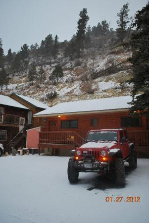 Aspen Lodge: here is a pic looking back at the lodge!